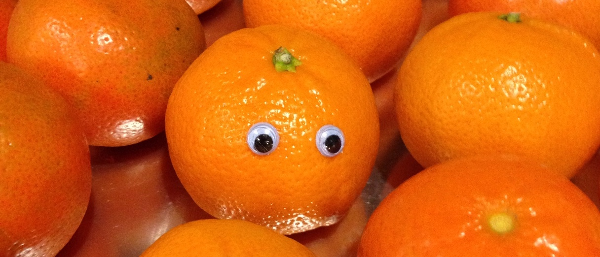 Tangerines with googly eyes